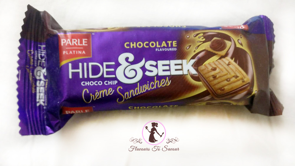 Hide & Seek Choco-Chip Creme Sandwiches