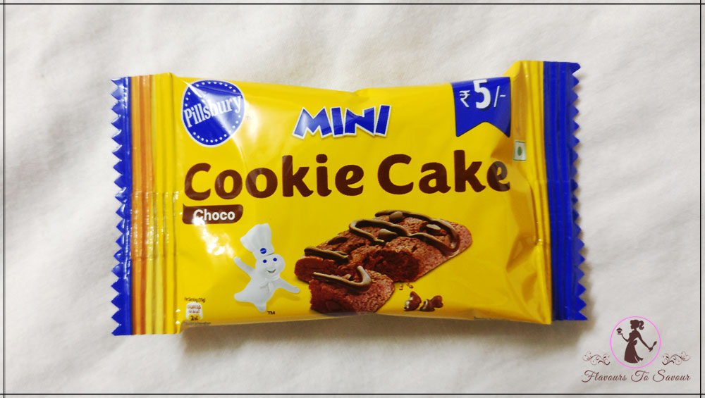 Pillsbury-Cookie-Cake-Product-Review-Image-3